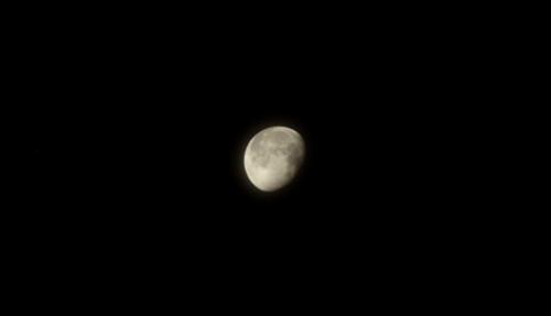 E-PL3で月を撮影